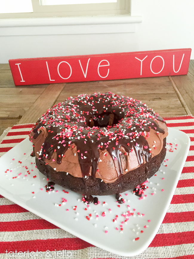 giant.donut.chocolate.cake.tatertotsandjello.com-7