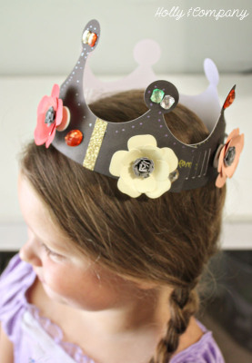 DIY Chalkboard Paper Crowns