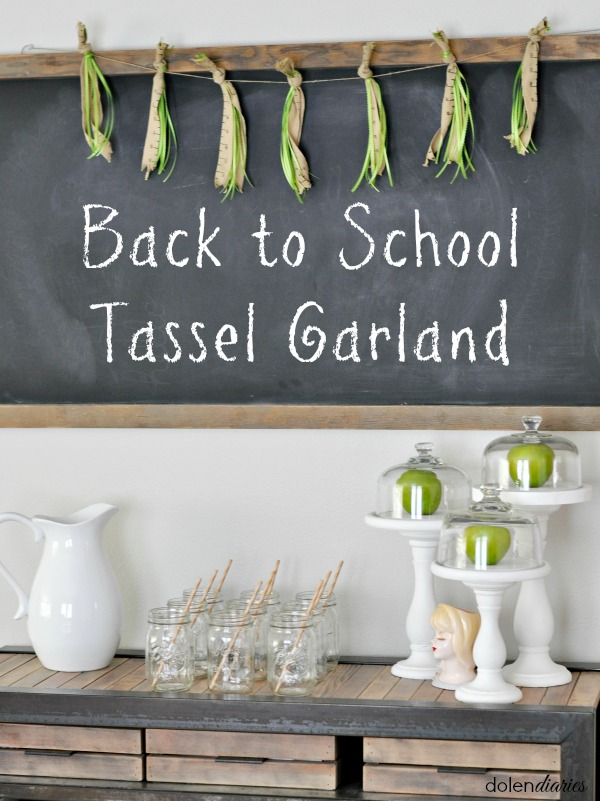 Back-to-School-Tassel-Garland-Title
