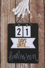 DIY Chalkboard Countdown Board!