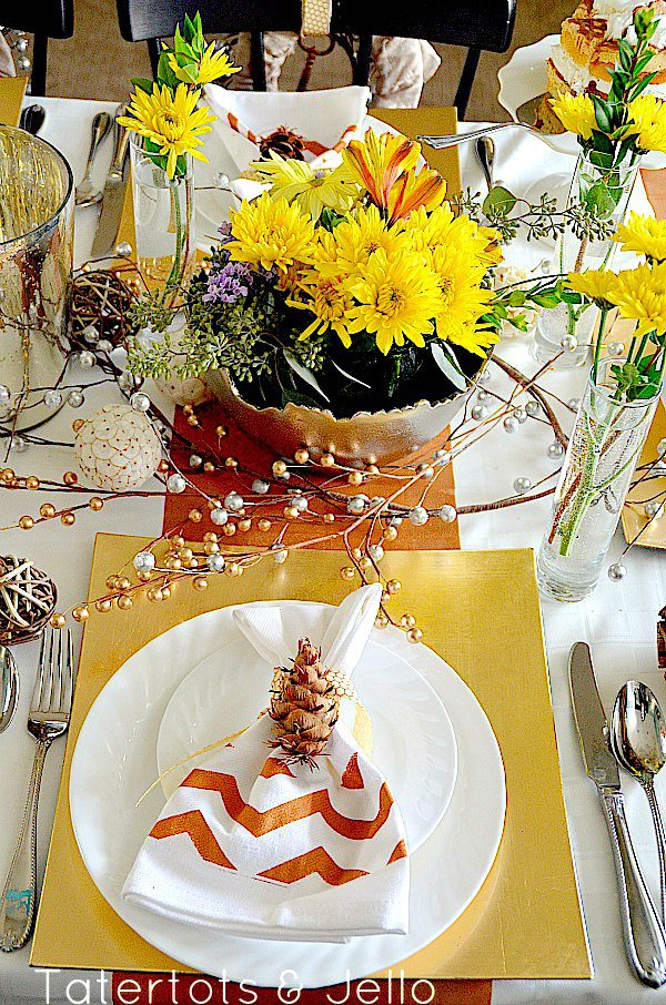 wayfair-holiday-tablescape1