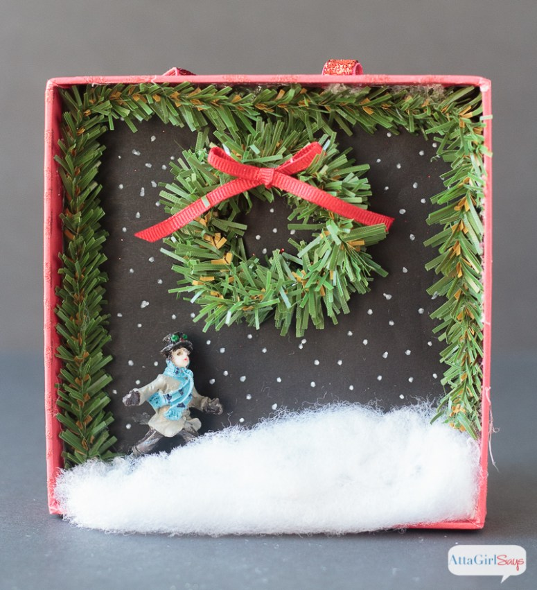 800px-diy-shadowbox-christmas-ornaments-4