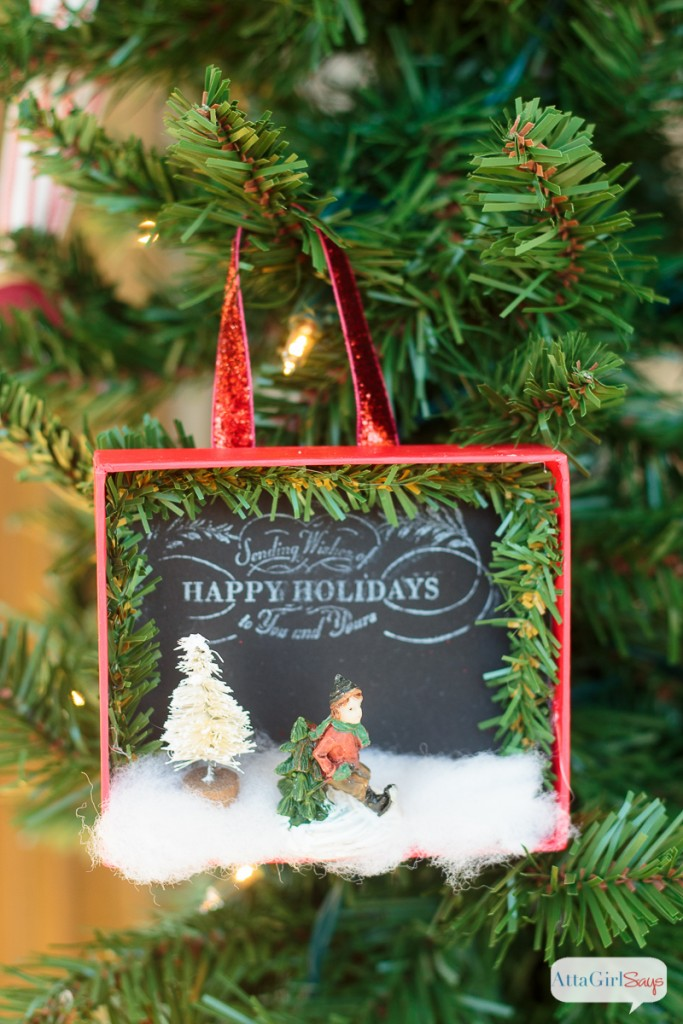 800px-diy-shadowbox-christmas-ornaments-5