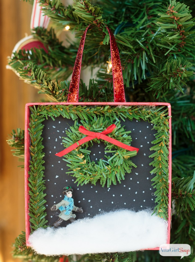 800px-diy-shadowbox-christmas-ornaments-7