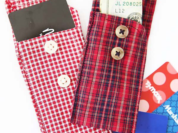 Happy Holidays: Recycled Shirt Cuff Pouch