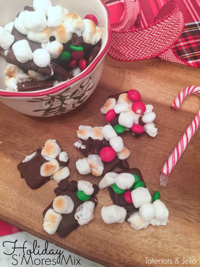 Holiday S'mores Mix