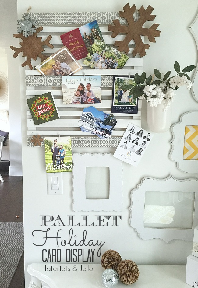 Pallet Holiday Card Display