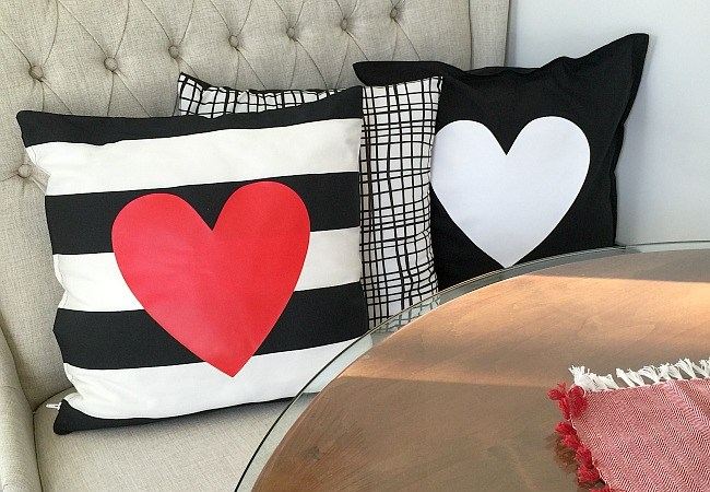 10-Minute Valentine Pillow Covers