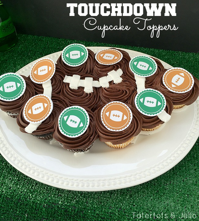 """""""Touchdown"""" party pennants & Toppers - free printables"""