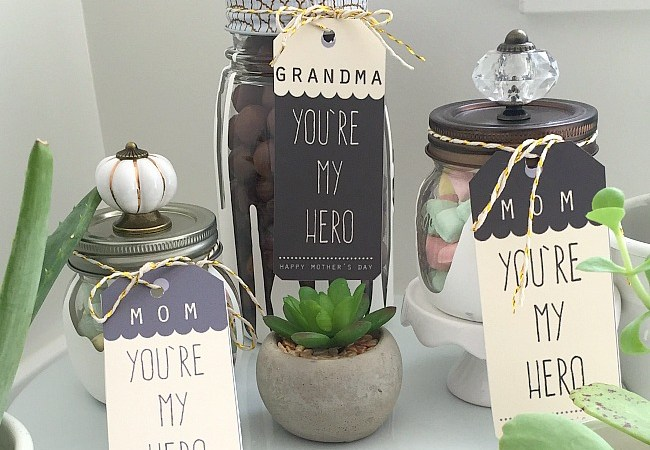 Dripped Painted Gift Jar Tutorial and Mother's Day Printables!