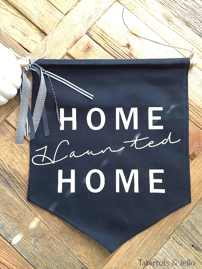 home haunted home pennant banner