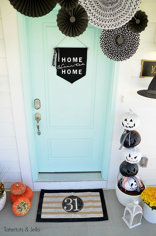 halloween porch pennant medallions
