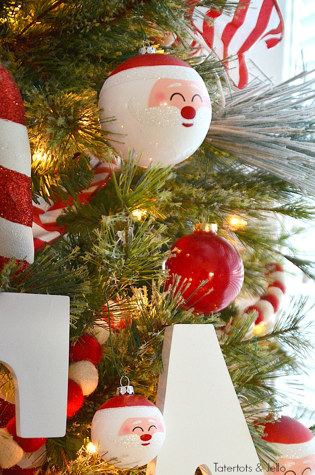 santa north pole christmas tree decorating ideas make a simple red and white santa christmas
