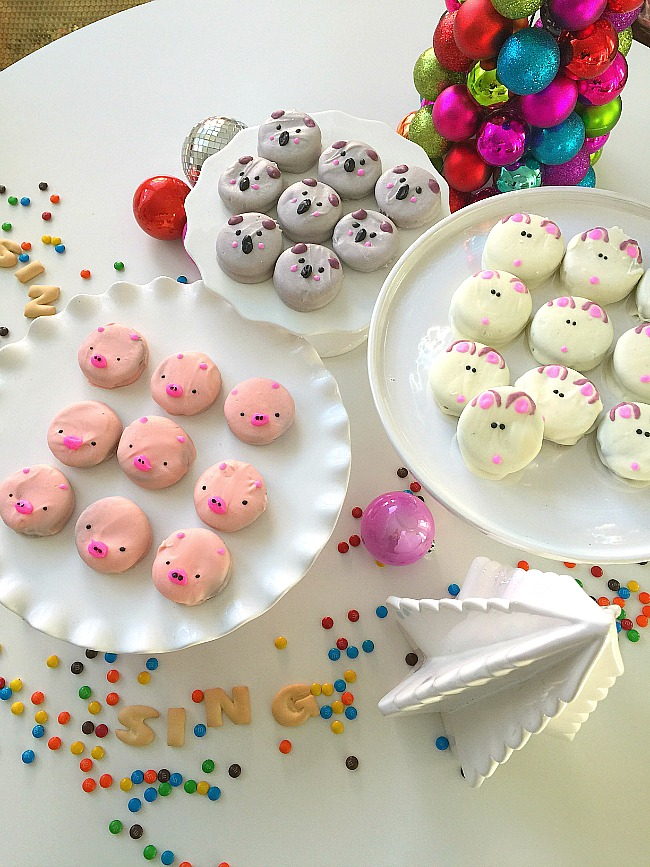 sing chocolate covered oreo animal cookies. Make these cute animal cookies from the characters of SING.