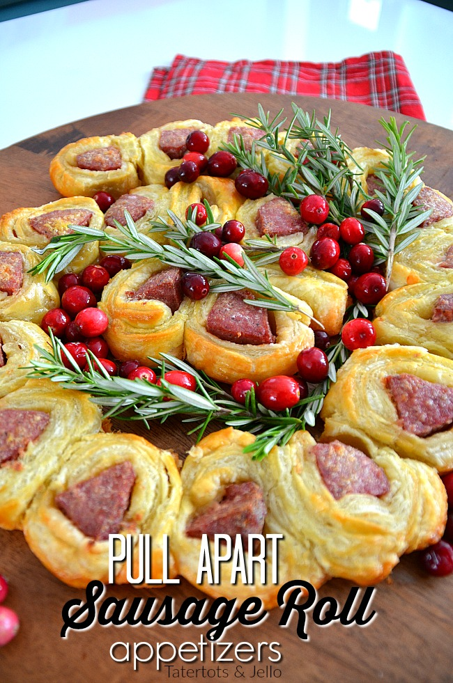 Pull Apart Sausage Rolls require only three ingredients and are an easy and delicious way appetizer to serve during the holidays. Plus 4 easy game night tips.