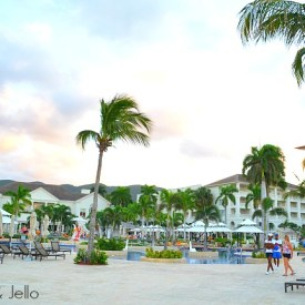 Link Party Palooza and Caribbean Dream Vacation Giveaway!