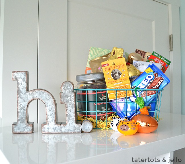 Easter Gift Ideas for Mena and Boys. Easy thoughtful easter basket filler ideas that men and boys will love!