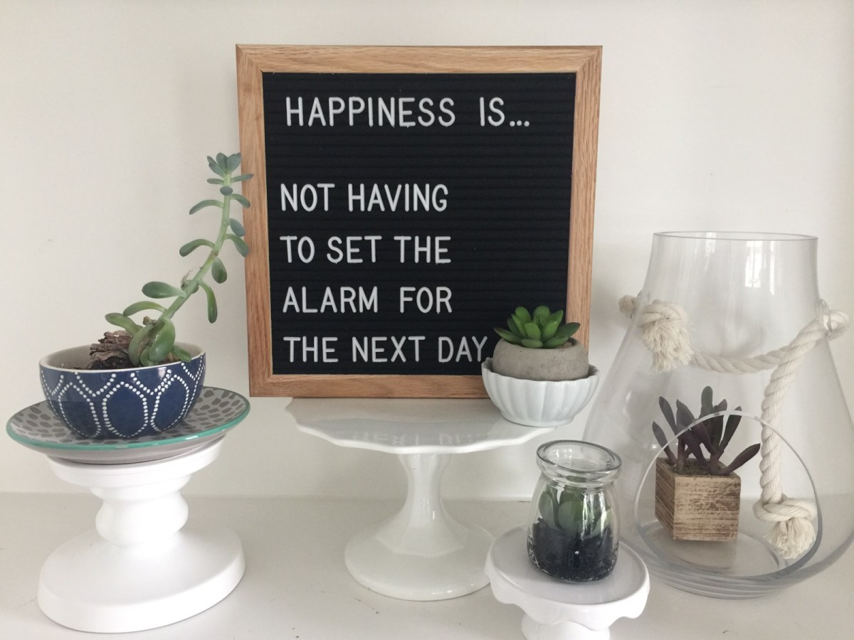 Best Friday Features -- and Retrogram Boards Letterboard Giveaway!