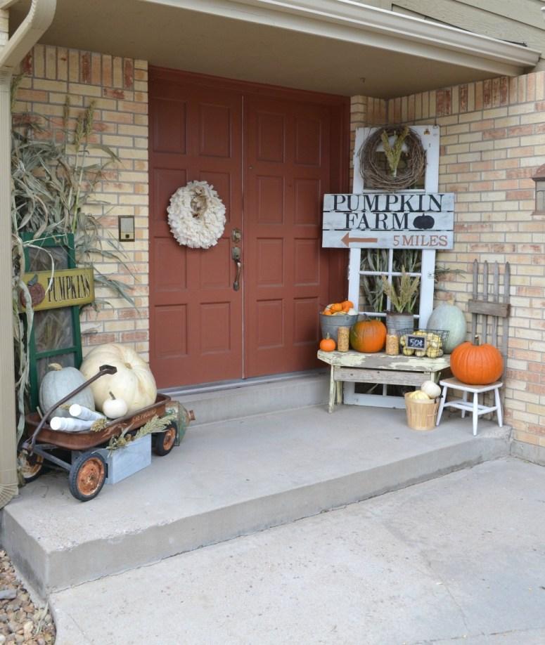 Pumpkin Farm Porch at Little Vintage Nest.