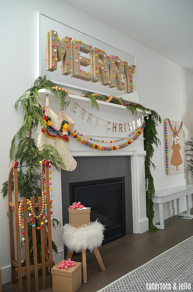 Holiday Home Tour   Beautiful Holiday Home Decorating Ideas!