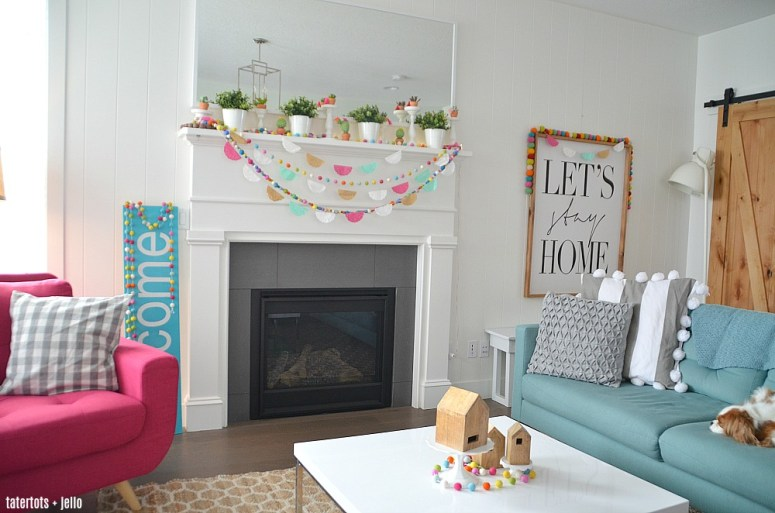 5 Minute Spring Doily Garlands - easy and inexpensive, they will brighten your home for Spring, Summer, Cinco de Mayo and parties!