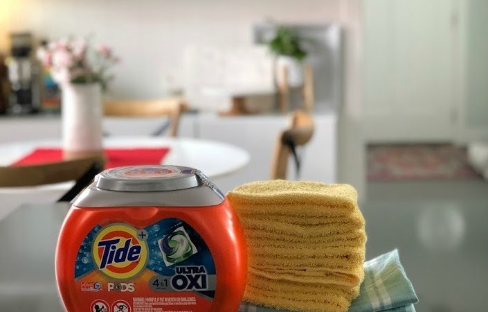 Washing Clothes with Baking Soda vs. Tide: I Tried Them Both and This is What Happened!