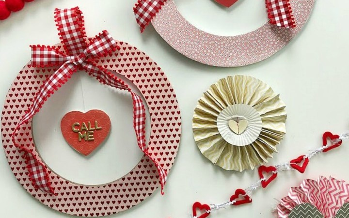 Valentine's Day Floating Conversation Heart Wreath