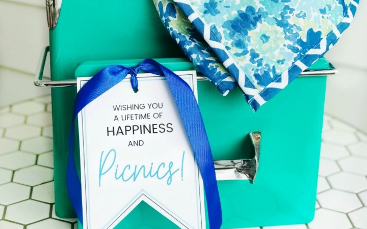 Picnic Basket Wedding Gift Idea and Free Printable Tags