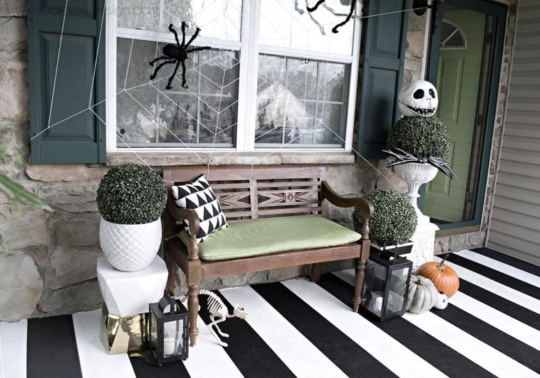 Black and White Halloween Front Porch @ Cuckoo 4 Design