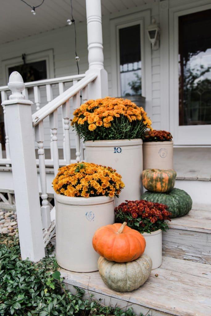 Crocks & Mums Farmhouse Fall Steps @ Liz Marie Blog