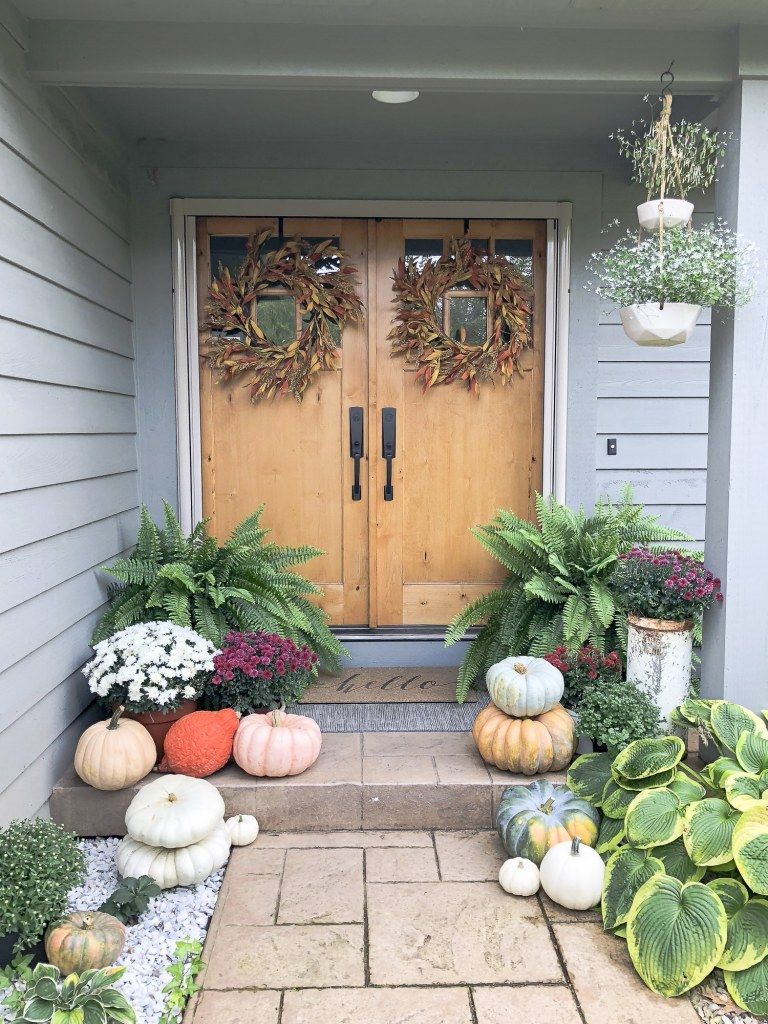 Fall Porch Decor Using Nature @ Grace In My Space