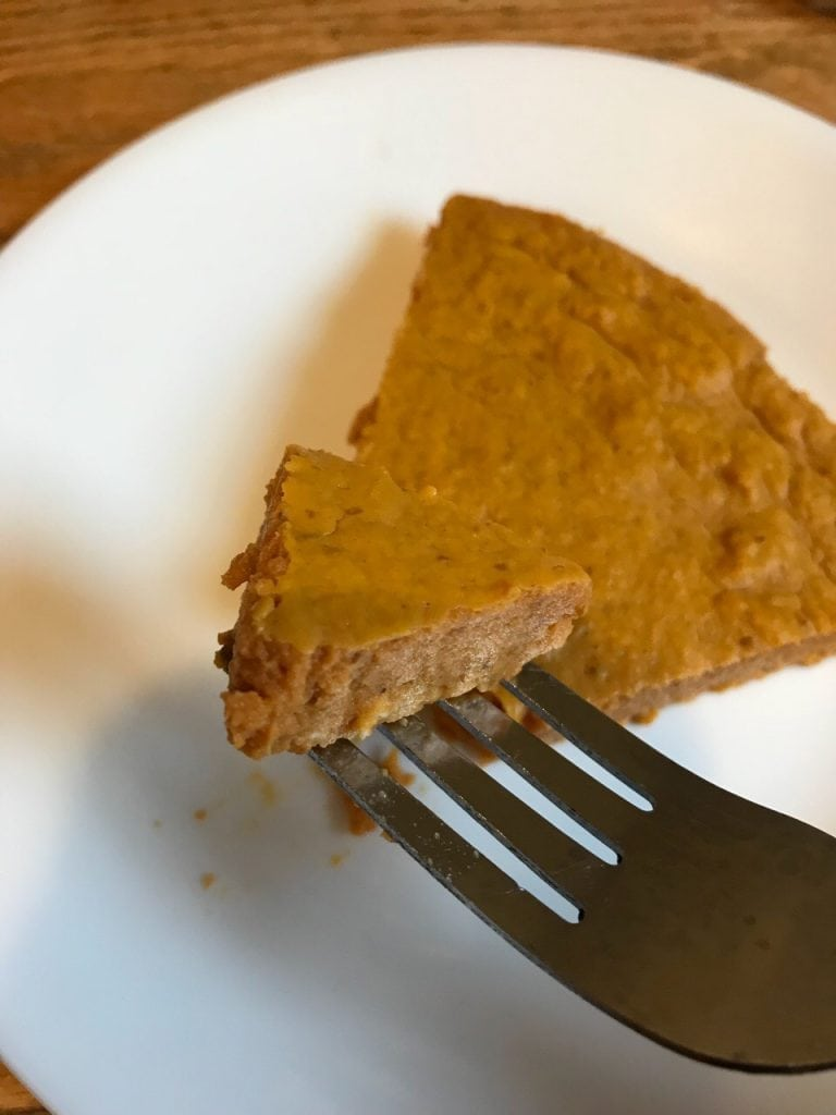 Weight Watchers Crustless Pumpkin Pie - 1 Weight Watchers Point @ The Holy Mess