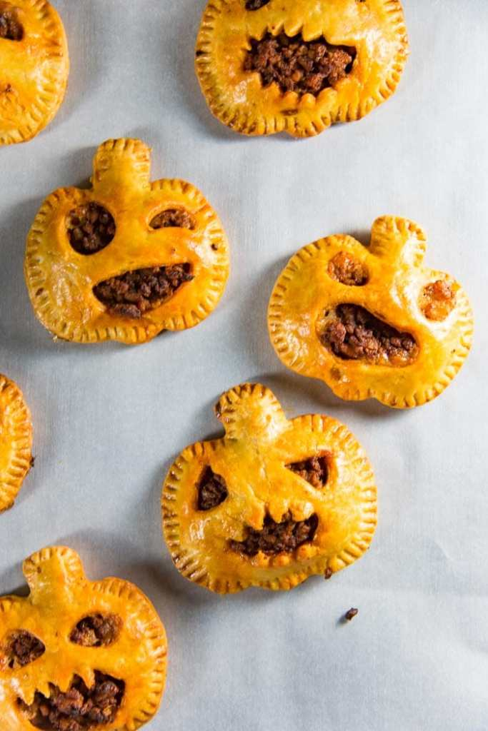 Spooky Chorizo Hand Pies @ The Flavor Bender