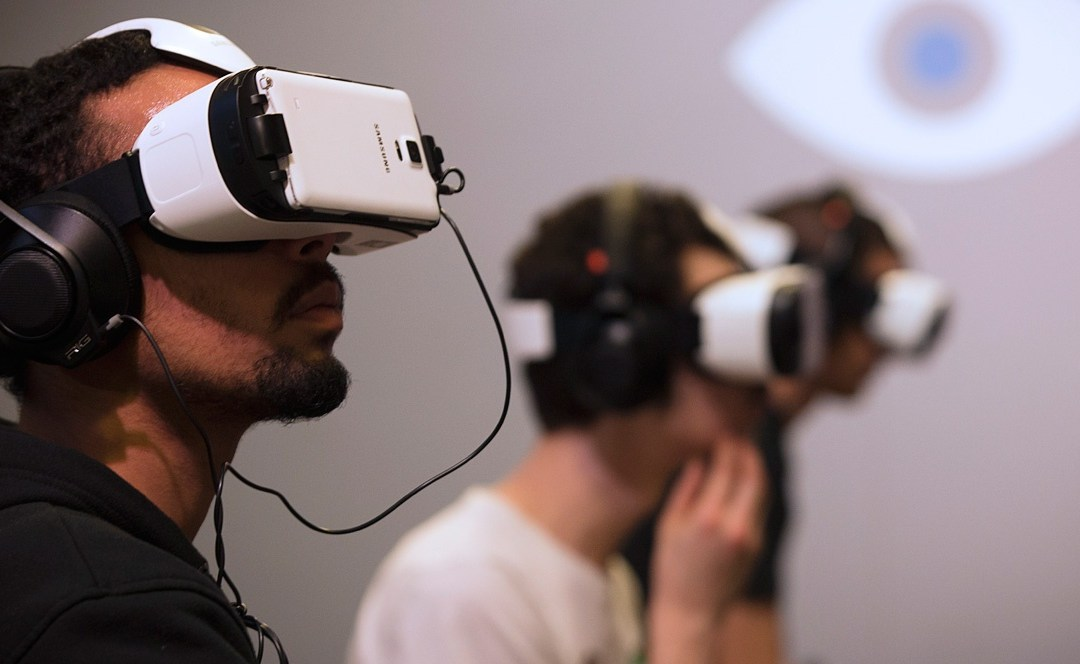 INDUSTRIAS TRANSFORMADAS POR LA REALIDAD VIRTUAL