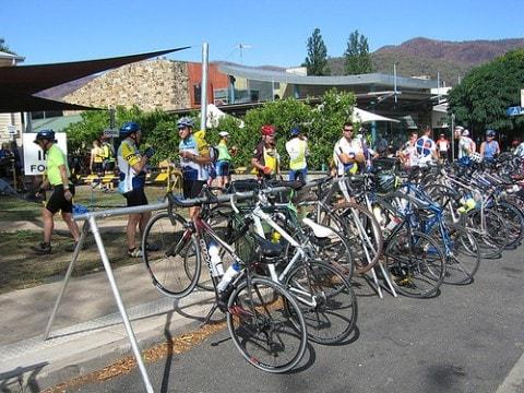 20110326_ciclistas