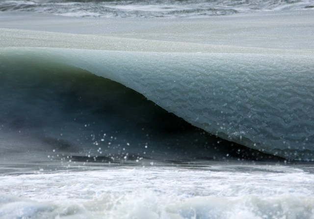 wave-1-detail