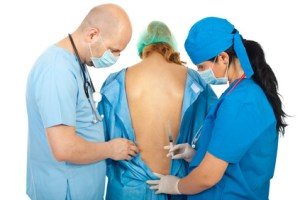 Le degré des risques liés aux tatouages et à la péridurale