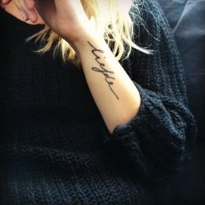La calligraphie idéale pour un tatouage prénom réussi