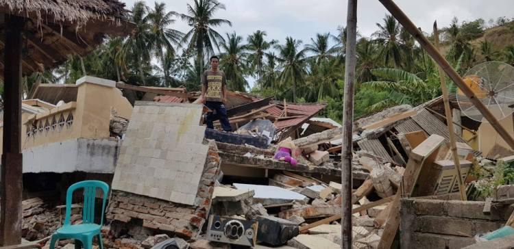 lombok earthquake destruction