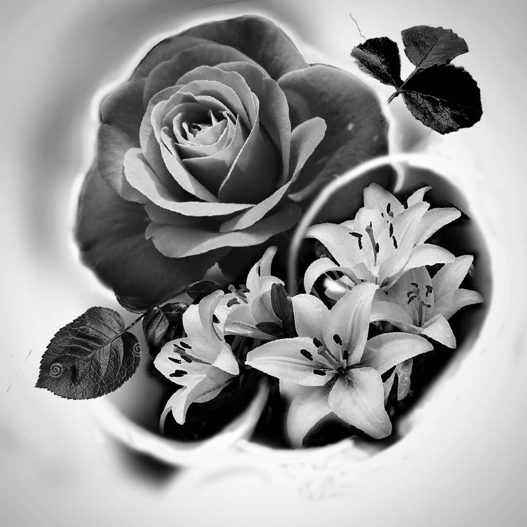 Tatuajes flores tattoo palencia rosa lirios