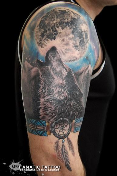 オオカミ 月 wolf moon