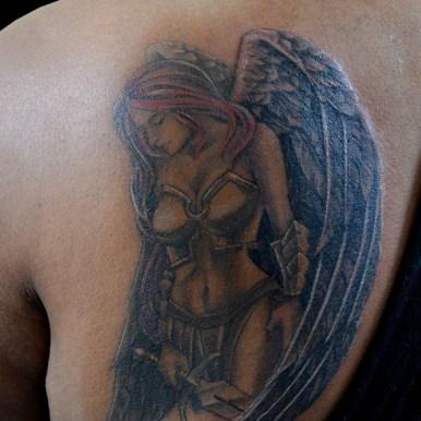天使 女戦士