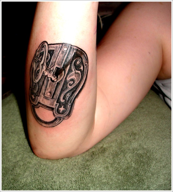 conception de tatouage de serrure (12)