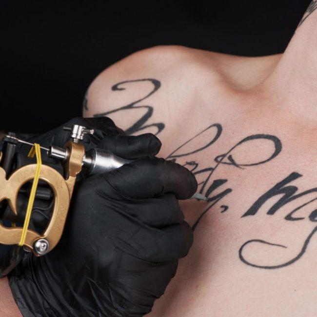 tatouage-pistolet_-4