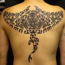 Signification de tatouage de raie manta 26
