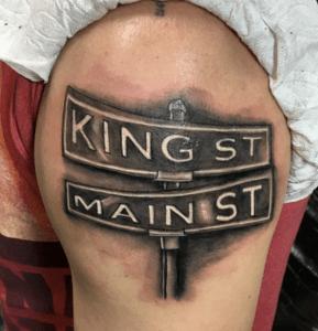 tatouage de panneau de signalisation
