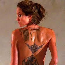 , Les tatouages d'Angelina Jolie : ce qu'ils sont et ce qu'ils signifient  (En images)