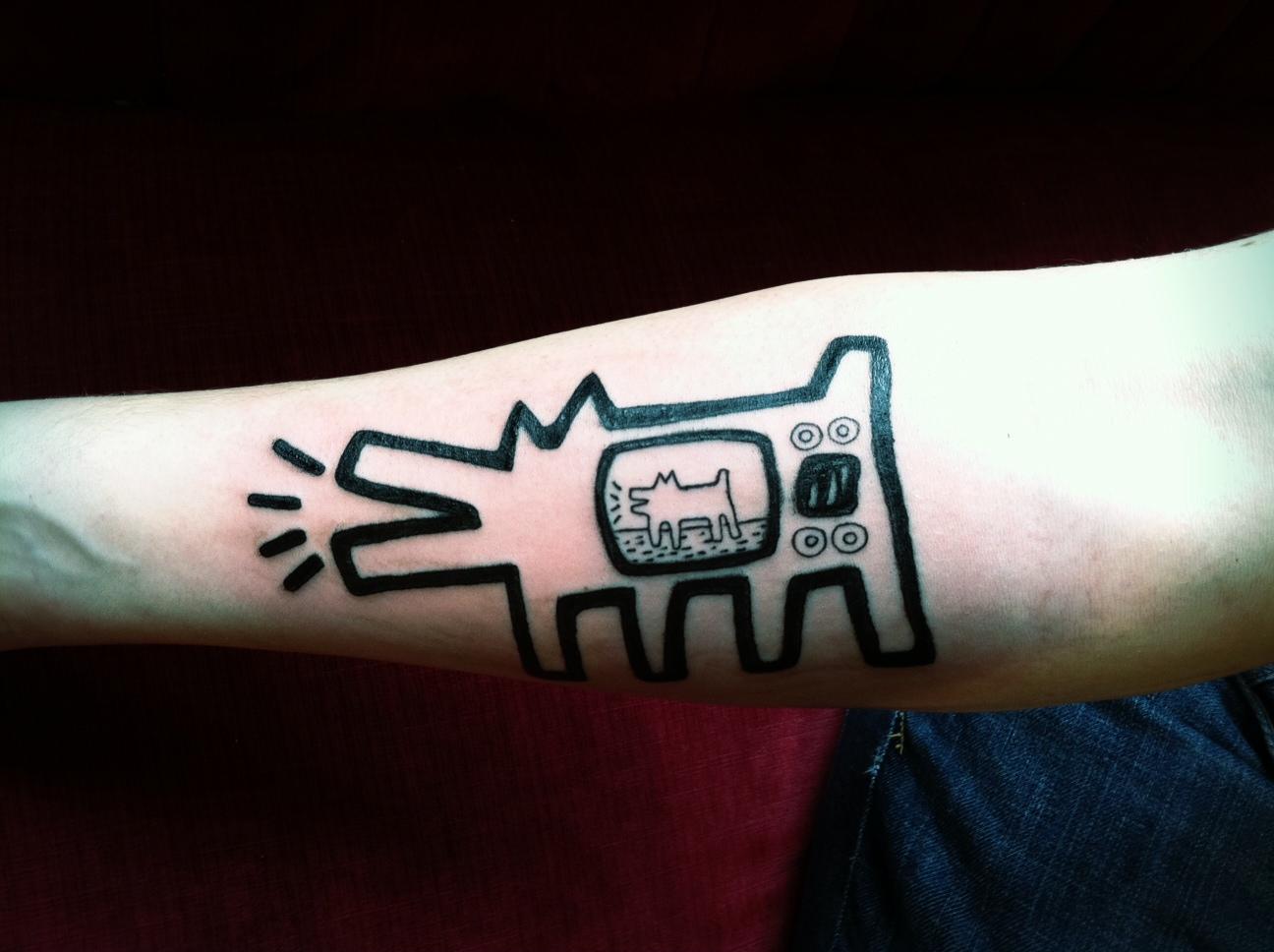 Pop-art-tattoo-barking-dog-tv-inspired-by-keith-haring.jpeg