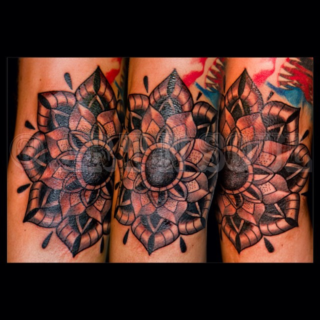 Another Cool Elbow Mandala By Danmullengeranstattoo Ideas And Designs
