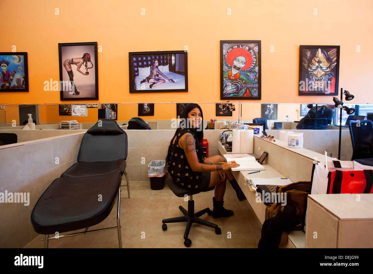 Lucky 7 Tattoo Shop Hollywood Blvd Hollywood Los Ideas And Designs